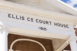 Ellis-County-Courthouse-02012W.jpg