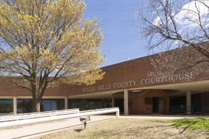 Roger-Mills-County-Courthouse-01003W.jpg