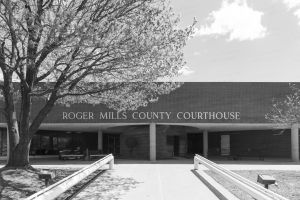 Roger-Mills-County-Courthouse-01005W.jpg