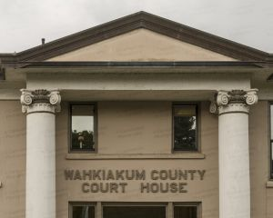 Wahkiakum-County-Courthouse-01009W.jpg