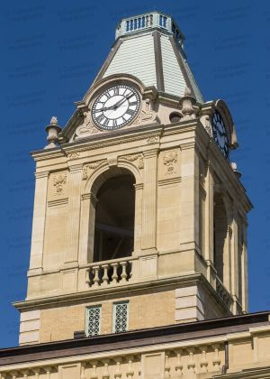 Robertson-County-Courthouse-02008W.jpg
