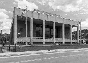 Unicoi-County-Courthouse-01005W.jpg