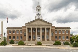 Bedford-County-Courthouse-02004W.jpg