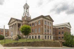 Bedford-County-Courthouse-02009W.jpg
