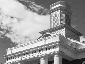 Bland-County-Courthouse-01010W.jpg