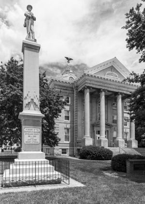 Old-Roanoke-County-Courthouse-01004W.jpg