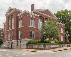 Historic-Rockbridge-County-Courthouse-01003W.jpg