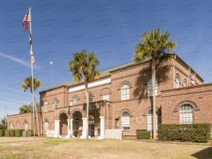 Gilchrist-County-Courthouse-01002W.jpg