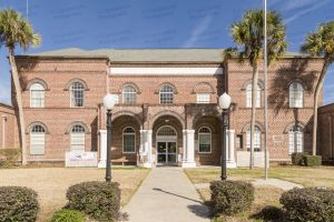 Gilchrist-County-Courthouse-01004W.jpg