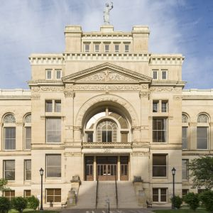 Old-Sedgwick-County-Courthouse-01001W.jpg