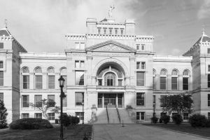 Old-Sedgwick-County-Courthouse-01004W.jpg