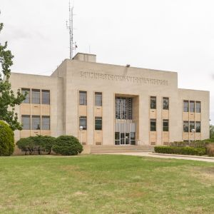 Sumner-County-Courthouse-01001W.jpg