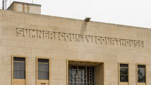 Sumner-County-Courthouse-01009W.jpg