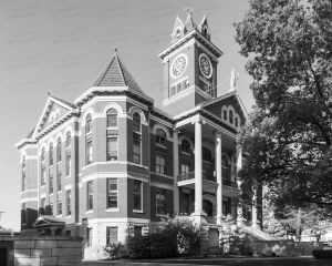Butler-County-Courthouse-03004W.jpg