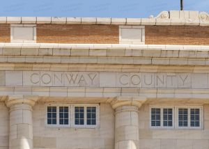 Conway-County-Courthouse-01008W.jpg