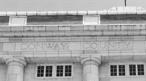 Conway-County-Courthouse-01009W.jpg