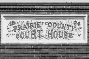 Prairie-County-Courthouse-01009W.jpg