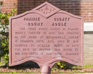 Prairie-County-Courthouse-01012W.jpg
