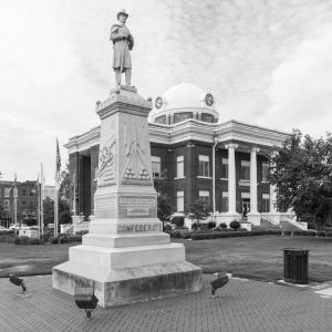 Dyer-County-Courthouse-01006W.jpg