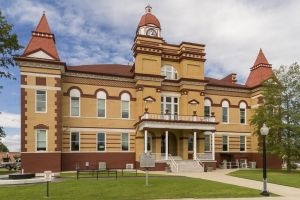 Gibson-County-Courthouse-01003W.jpg