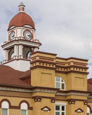 Gibson-County-Courthouse-01010W.jpg