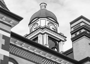 Gibson-County-Courthouse-01012W.jpg