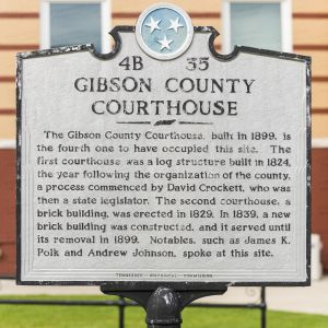 Gibson-County-Courthouse-01020W.jpg