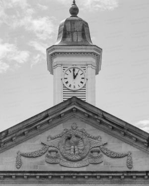 Hardin-County-Courthouse-02011W.jpg