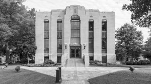 Lauderdale-County-Courthouse-02003W.jpg