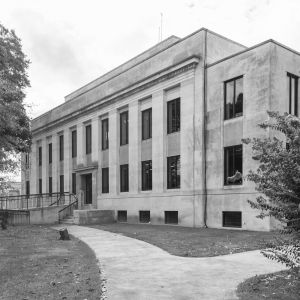 McNairy-County-Courthouse-01002W.jpg