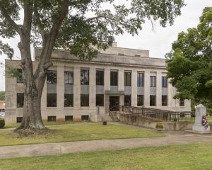 McNairy-County-Courthouse-01004W.jpg