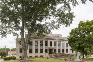 McNairy-County-Courthouse-01005W.jpg
