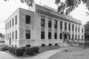 McNairy-County-Courthouse-01007W.jpg