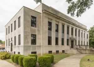 McNairy-County-Courthouse-01008W.jpg