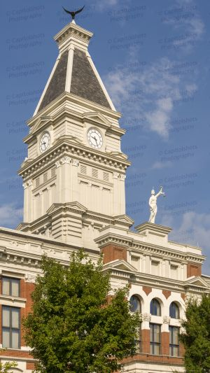 Montgomery-County-Courthouse-06007W.jpg