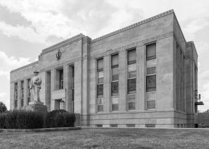 Obion-County-Courthouse-01005W.jpg