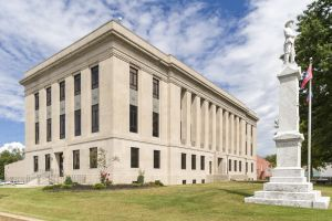 Weakley-County-Courthouse-01004W.jpg