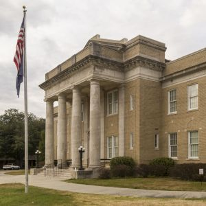 Allendale-County-Courthouse-01001W.jpg