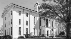 Lafayette-County-Courthouse-04004W.jpg