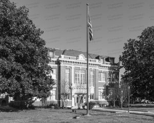 Tunica-County-Courthouse-01002W.jpg