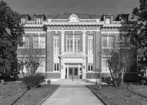 Tunica-County-Courthouse-01004W.jpg