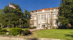 Tunica-County-Courthouse-01006W.jpg